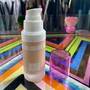 Uoma Say What? Foundation in White Pearl T2C